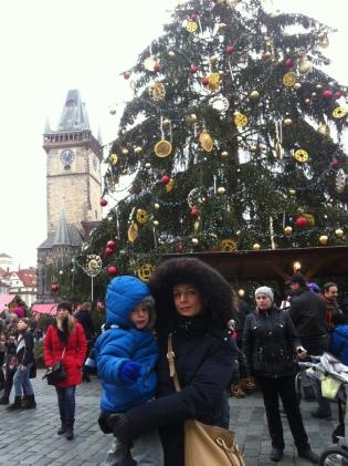 U stromečku na Staroměstském náměstí