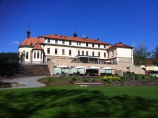 Augustiniánský dům ze zahrady