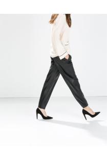Zara; pohodlné kalhoty a lodičky? :-)