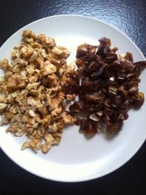 Vlašské ořechy a datle