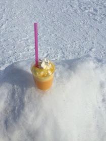 Bombardino na sněhu